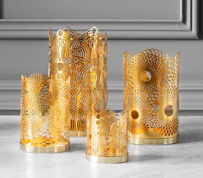 London Collection - Lara Bohinc